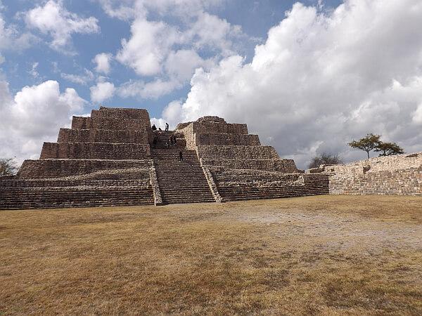 Cañada de la Virgen Pyramid