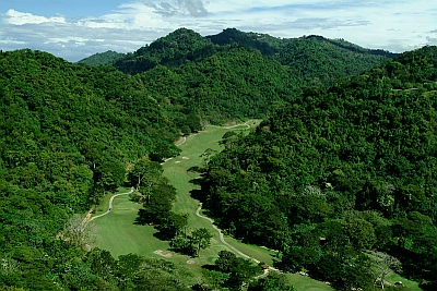 Luxury golf in costa rica