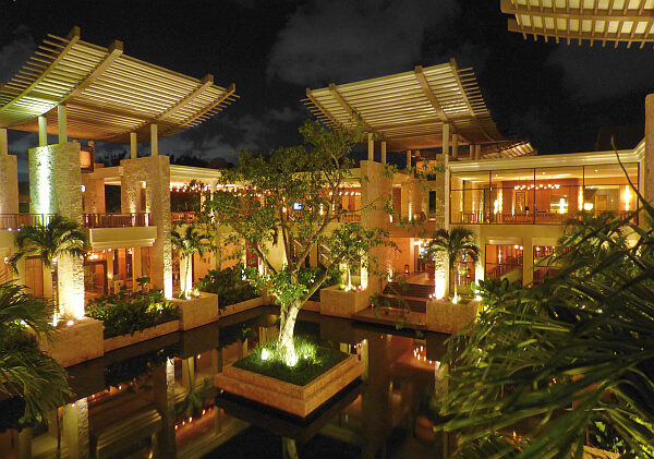 Banyan Tree villa nightscene