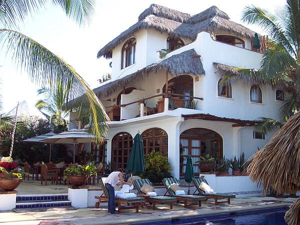 Casa De Mita Formerly Las Brisas In The Punta Area Of Mexico About 40 Minutes North Puerto Vallarta Is 7 Room Boutique Hotel On A