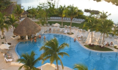 Le Blanc Spa Resort pool