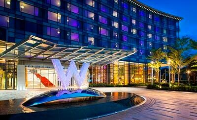 Standing Alongside The Stalwart Veterans Of Mexico City S Hotel Zone Glossy And Glam W Offers A Younger Generation Business Travelers Same