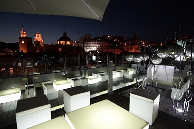 1850 Hotel Boutique Rooftop bar