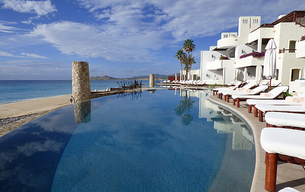 Los Cabos resort pool