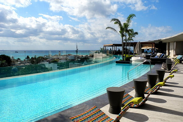 Thompson playa del carmen boutique hotel and beach house for Best boutique beach resorts