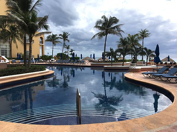 Pool at Ritz Carlton Cancun
