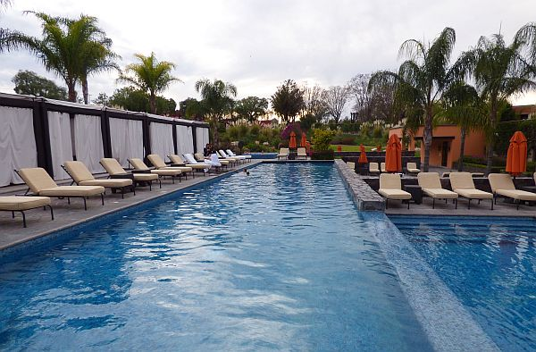 San Miguel luxury hotel swimming pool
