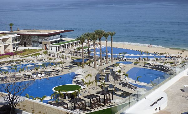 Le Blanc Resort Cabo San Lucas all-inclusive luxury