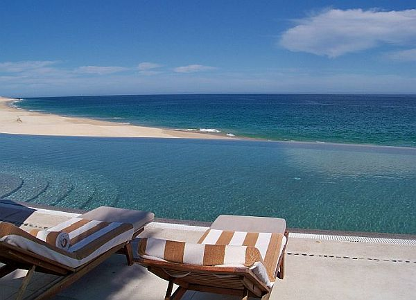 Marquis Los Cabos Resort infinity swimming pool