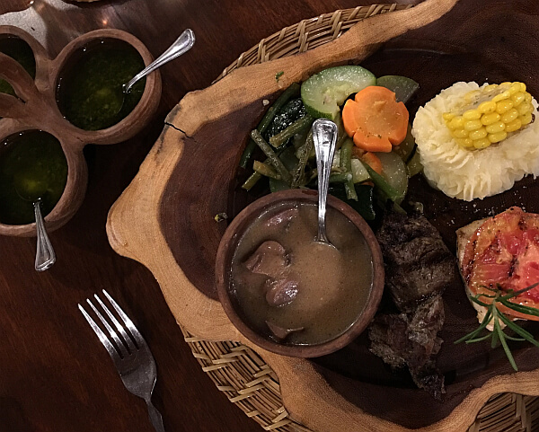 Meals at Pacaya Lodge