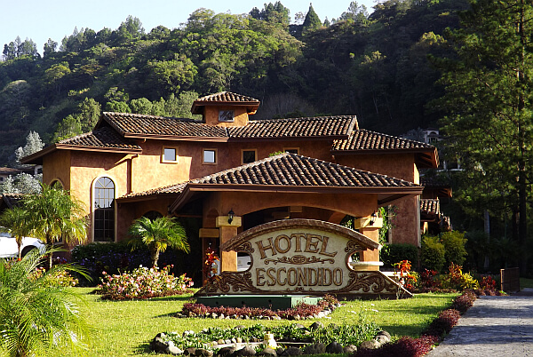 Valle Escondido Resort, Golf and Spa