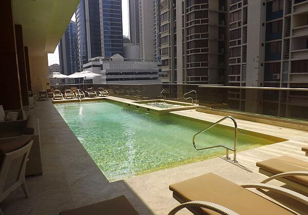 Waldorf Astoria Panama pool