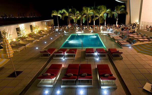 JW Marriott Panama tower pool