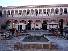 Cusco Marriott courtyard