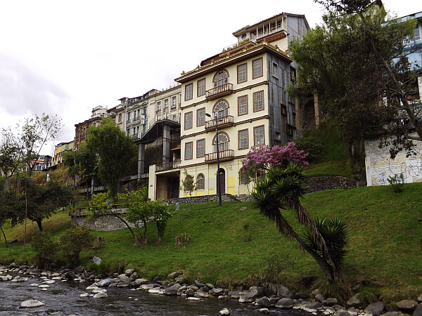 Cuenca river house
